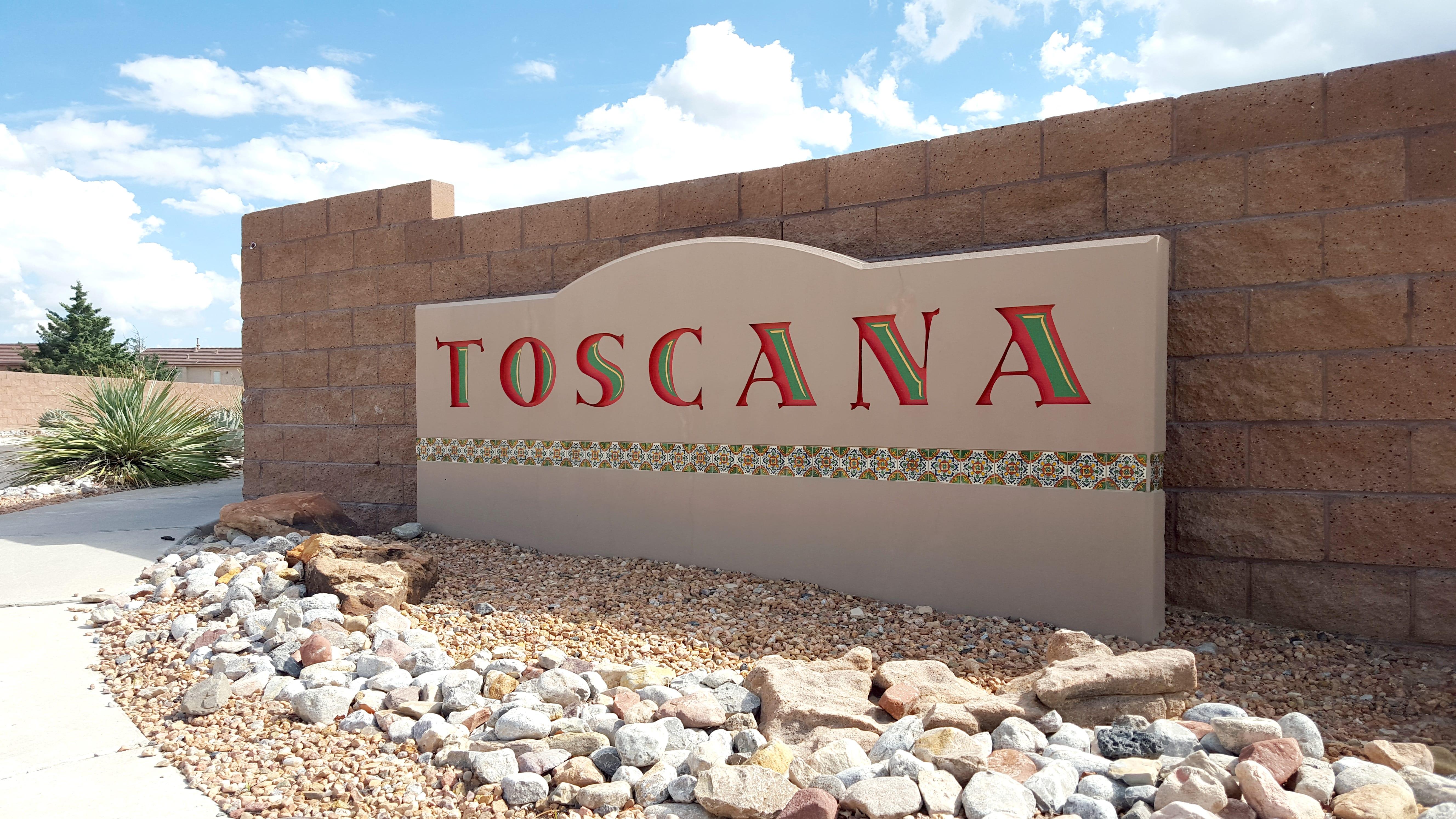 Toscana Cabezon Neighborhood